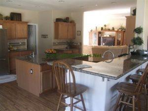 Santa Paula Kitchen 1
