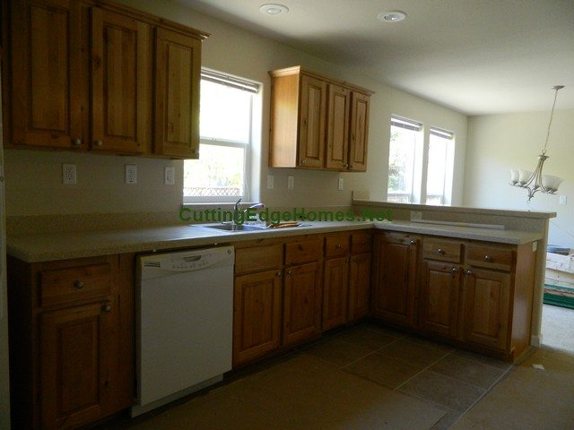 Centennial_Model_Photo_P_Kitchen_At_Delivery