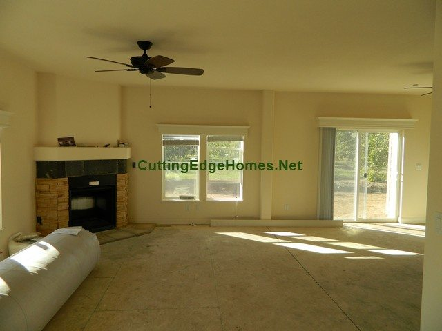 Newman_Model_6K_Home_in_Completion_Living_Room