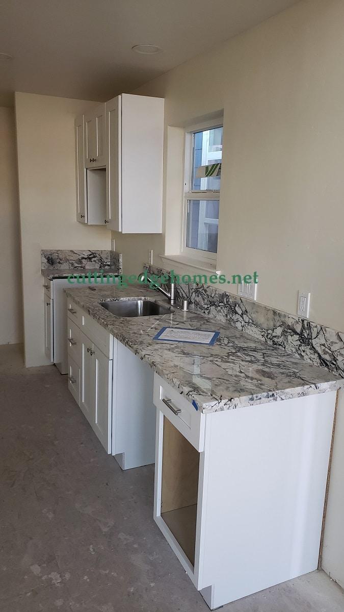 Kitchen ADUDIO 600 - California Modular Homes